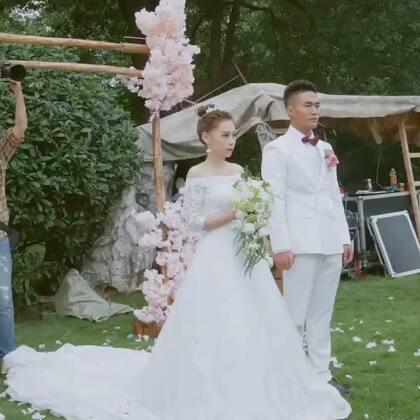 闺蜜8年多的长跑爱情💓婚礼就是开心 感动 流泪的一天 😘女孩子一定要嫁一个爱你的人 并且他们一家人都要把你当女儿一样疼爱才能幸福✨也不能所有都依靠男人 #婚礼#自己也要自立自强💪#日志#胖友们的爱情观是啥样的 给我瞅瞅😎