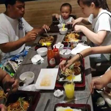 #美食##跟著強哥逛台灣#咱小鎮的平價牛排館 丈母娘宴請兒子