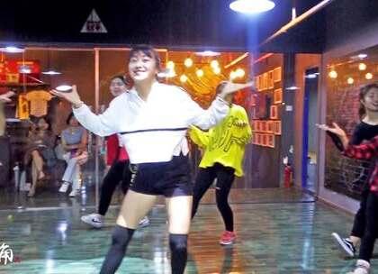 #舞蹈##女神##昆明#国庆七天集训,黑妹老师及学生成品视频😊