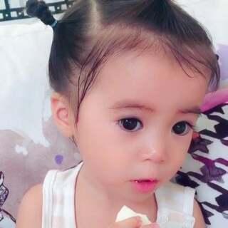 怎样才能让一个只吃蛋白的小女孩不拒绝吃蛋黄呢😔#宝宝#