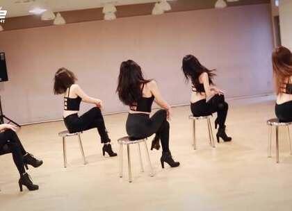 #Brave Girls - Rollin# 是不是过于性感呢😏#舞蹈##敏雅韩舞专攻班# 公众号:MinyaCola
