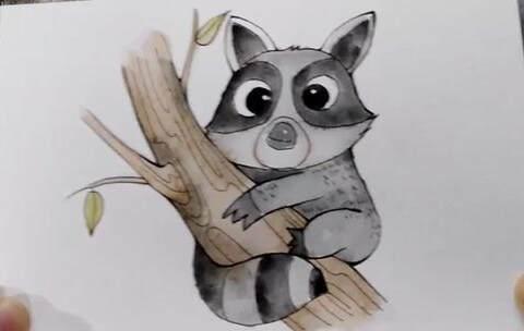 水彩简笔画 一只爬树的小浣熊 手绘 简笔画 铃铛子520的美拍