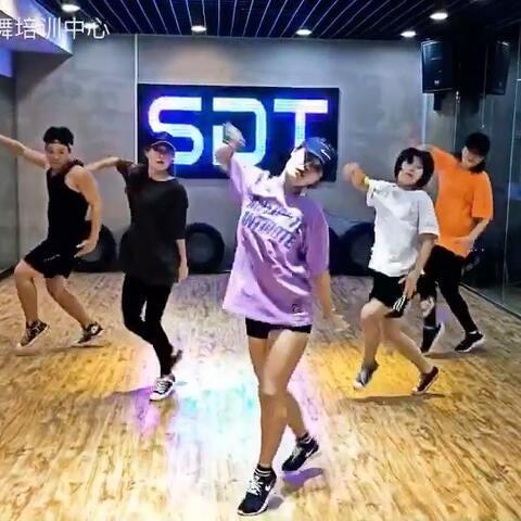【SDT街舞培训中心美拍】大律动的#舞蹈##我要上热门@美拍...