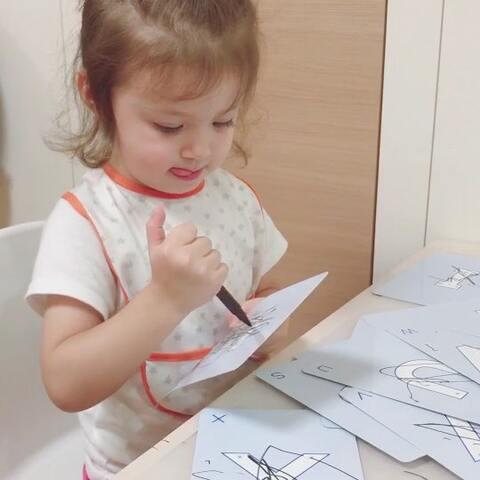 【🇳🇿混血小萝莉🍡美拍】家有只乱涂乱画达人😂😂#宝宝##...