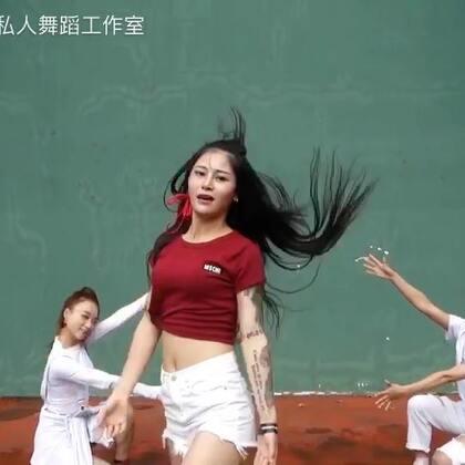 #bang bang##舞蹈##我要上热门# music: bang bang,红衣片段是舞邦菲姐的编舞@美拍小助手