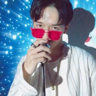#hotline bling##博金花开户15秒mv大赛#假如我是歌手,这样的MV可还行?你们会不会买嗝?哈哈哈哈哈哈~