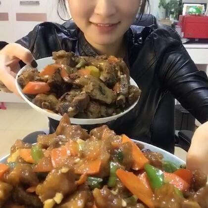 都是硬菜#吃秀##热门##阿婷食光记#今天和老爹老妈一起吃个饭就不录了,昨天的库存😊大家吃好喝好哦😘