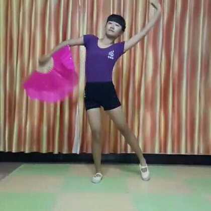 #爱舞蹈爱生活##舞蹈#舞蹈《十面埋伏》非常喜欢跳舞,跳舞可健身怡情。一遍录成,不满意的地方也就算啦😝跳舞纯属个人爱好非专业,喷子请绕道#我爱舞蹈##十面埋伏#@舞蹈频道官方账号 @美拍小助手
