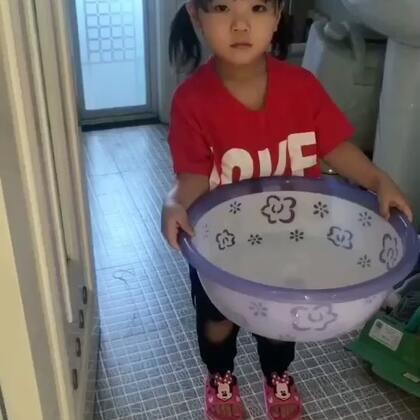 懂事的小可爱#宝宝##宝宝成长记#@美拍小助手