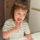 #小团子#开始尝试自己学刷牙了,好欣慰😊#混血萌宝#