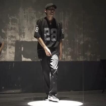 跟EVO老师深夜练习#舞蹈##popping#