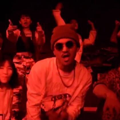 #ALALAMO传媒制作#🔥བསོད་བཀྲ༼ཨེ་མ་ཧོ༽索扎新单曲《WOW》MV发布!#阿拉拉姆传媒#导演/剪辑/调色:丹增加措,摄影:@李知布多杰 #藏族有嘻哈#鸣谢:Super Fusion Crew全体成员及AKA罪人 歌曲👉http://music.163.com/#/song?id=513540748