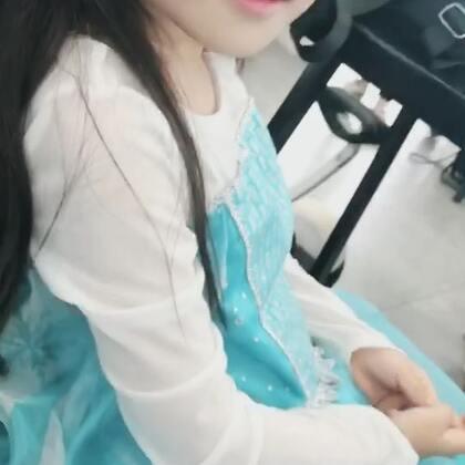 【韩韩baby虐狗小剧场】第三季,第一集。众望所归的狗粮又来了。每次再见都是从相互期待开始。#韩韩baby##摄影师池涔#