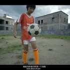 山村少女参加女足训练,天赋过人赢得好机会,一番话让国足球员惭愧(上)#二更视频##体育##足球#