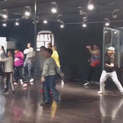 周六基础hiphop班爆满🔥🔥🔥💥💥💥大家真的好棒,快来加入我们😂😂😂#西安街舞#