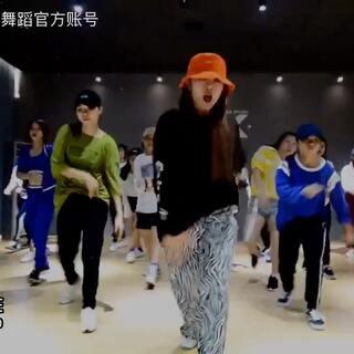 🎵Chris Brown,T.I.,T-Pain - Kiss Kiss 导师:Vimi@DX舞蹈🔜美爷vimi @DX-FOX晴 @Dx💋Vicky #舞蹈##热门##运动#