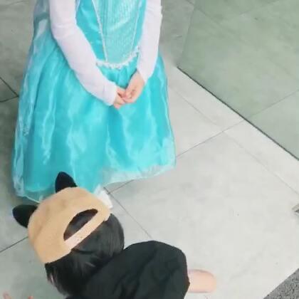 【韩韩baby虐狗小剧场】第三季,第五集。你们的男主终于出现了,哈哈。但是画面突然好尴尬。(昨天忘记更新了,今天补两集)#韩韩baby##摄影师池涔#