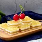桂花千层糕,晶莹剔透,弥漫着桂花香气的桂花糕,吃起来QQ弹。(把你们的小心心送给我吧💘) #美食##万圣节搞怪食谱##小斯小厨房#