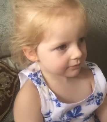 #搞笑##宝宝#跟你们说了多少遍了我是中果仁儿,哈哈哈哈可爱的😊