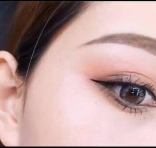 #我要上热门##美妆教程#喜欢这个眼妆的点赞呦~