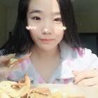 #吃秀吃播##吃货的日常##吃秀#洗完澡,吃个蟹公煲吧!你们都吃饭了吗?@美拍小助手
