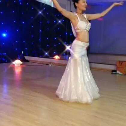 #我的美拍blingbling#单色舞蹈罗莎莎老师肚皮舞二期结业学员个人展示