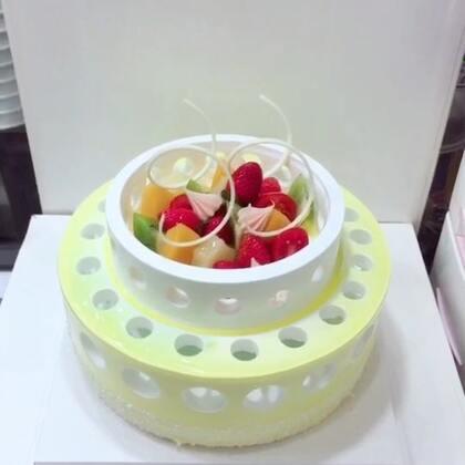 #美食##甜品##美食作业#陶艺蛋糕的,当当当当当~