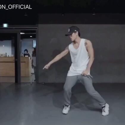 #舞蹈##1milliondancestudio# Austin Pak编舞Set It Off 更多精彩视频请关注微信公众号:1MILLIONofficial