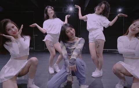 【JaceeHe美拍】🎵短发-Lampho🎵 我的编舞😉#舞...