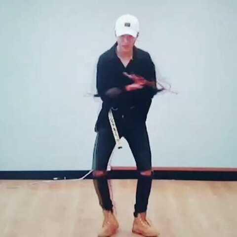【在铭美拍】#舞蹈##我要上热门##美拍助手#,...