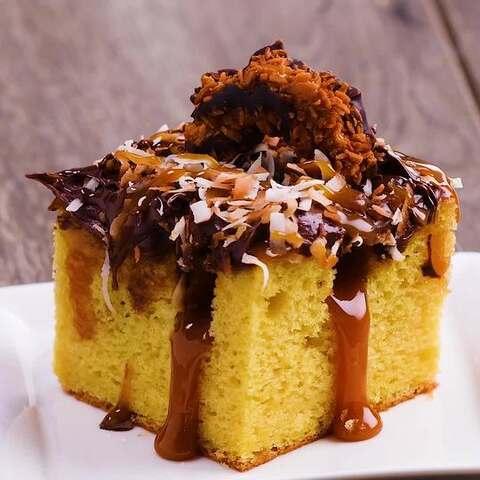 【半夏食谱美拍】今天的椰蓉巧克力小蛋糕有没有让...