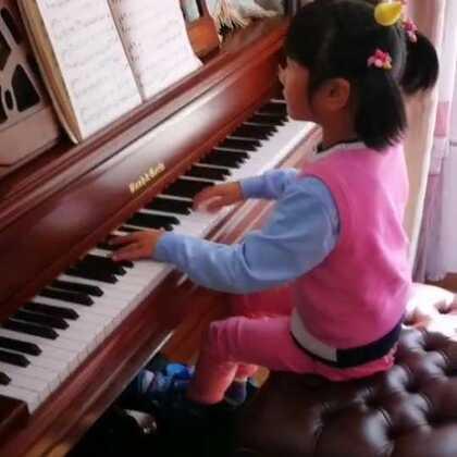 天爱六岁零两个月演奏斯克里亚宾《升f小调练习曲》Op.42 No.2。这是浪漫派后期作品!#音乐##钢琴曲##热门#@美拍小助手