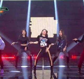 #Red Velvet - Look# 20171117 目测又是一波翻跳#舞蹈##敏雅韩舞专攻班# 公众号:MinyaCola
