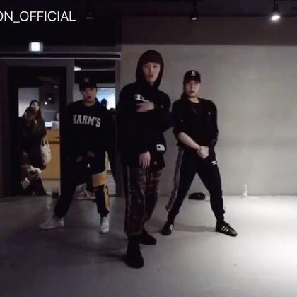 #舞蹈##1milliondancestudio# Junsun Yoo编舞Wild Thoughts 更多精彩视频请关注微信公众号:1MILLIONofficial