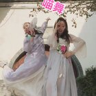 #喵舞#这次和麻麻的风格很中国风!原地占有全世界这么高逼格的话题和舞蹈,在异地或异国他乡的你赶紧一起和麻麻尬起来 #王嘉尔喵舞#@妙物官喵小妙