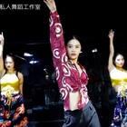 #舞蹈##迷迭香##爵士舞#72老师Jazz基础班片段,编舞来自舞邦龙菲老师,有改简单哦 . Music :迷迭香@美拍小助手