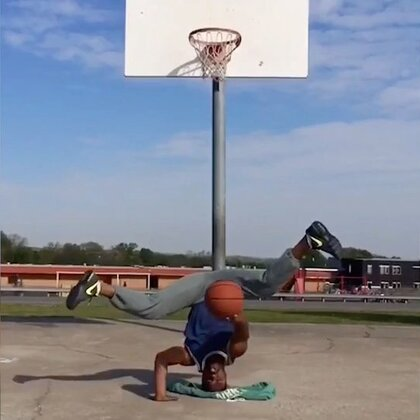 Epic Basketball Skills and Trick Shots #无运动,不生活#