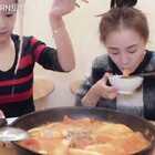 大铁锅版的泡菜芝士牛肉锅😂😂忙了一天,一顿狼吞虎咽