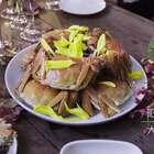 一场完美的蟹宴是怎样的?欧阳大叔带我们去到管家的店,举办了一场完美的美食蟹宴。#美食##不时不食##吃秀#