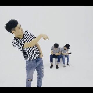 SINOSTAGE舞邦 | 编舞 By E@SINOSTAGE舞邦_龙跃E 💃🏻舞者 - Lucas@SINOSTAGE舞邦_Lucas /E/Wong@SINOSTAGE舞邦_老王 🎵U乐国际娱乐 - Beach Boy (Amine) 🎬摄影/剪辑 - Momo@Momo馍馍📷 #舞蹈#