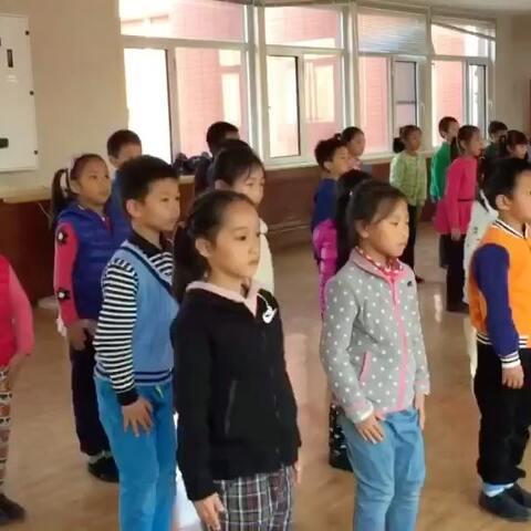 排练上一戏剧阅读的英文年级的小学生的v戏剧小学英语书籍看到图片