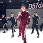 最新编舞《差不多先生》大家喜欢的话点赞打call,我将为你们创作更多的中文歌编舞!你们喜欢什么风格的舞蹈,下一支想看什么呢,评论里告诉我😉感谢我的baby们和我一起完成这个作品!女舞伴@D57-大大 Dancers:大鱼、小鹿、小莹子、梦雪 #舞蹈##BADA编舞##中国有嘻哈#@美拍小助手@舞蹈频道官方账号