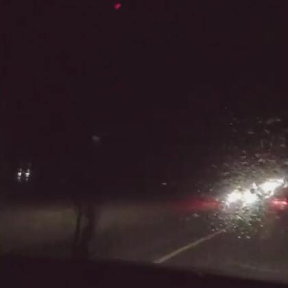 耿猪猪一替我开车就大雨滂沱🌧️