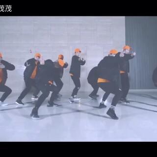 #舞蹈#最新作品,公司自己的歌曲mdv#首酷#要勤快一点编舞了