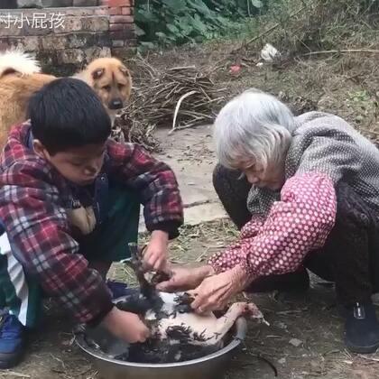 今天放假和奶奶一起做蒸鸡🐔来吃#美食#