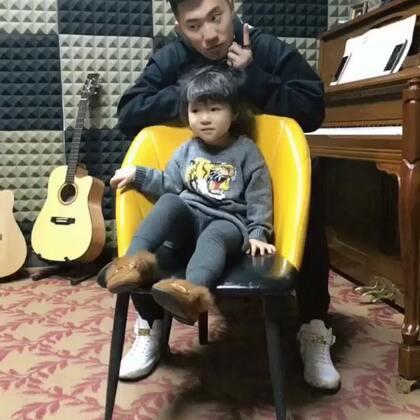 很暖的老师#宝宝##精选#@美拍小助手