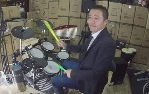 音乐 架子鼓 爵士鼓 我相信 架子鼓 凯文先生 爵士 音乐视频 凯文先生在