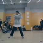 #大师集结Vol.3#第二站,来自日本🇯🇵全球顶尖舞蹈工作室之一的EN Dance Studio 最受欢迎老师-Masato老师🔥🔥@MASATO🤖 94年帅哥一枚,现场男女粉尖叫声掌声不断👏👏超帅Urban编舞!吸引众多舞者来交流💃💫💫感谢大家每一位Dancer的支持!!