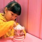 #宝宝# 麻麻说:今年可以在香港沙田新城市广场 过一个冒着粉红色泡泡的圣诞节了噢!🎄🎅🎄🎊🍬🎉