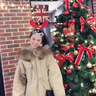 #bomba##十万支创意舞##圣诞美力满格##圣诞节# 提前过圣诞节,早不早😳😳? 点赞的圣诞节收到礼物🎁